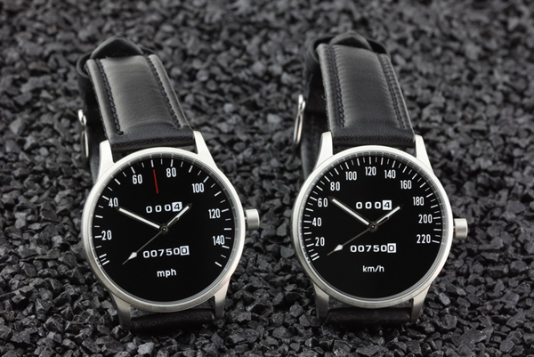 CB 750 Four Speedometer watch kmh and mph versions with black dial